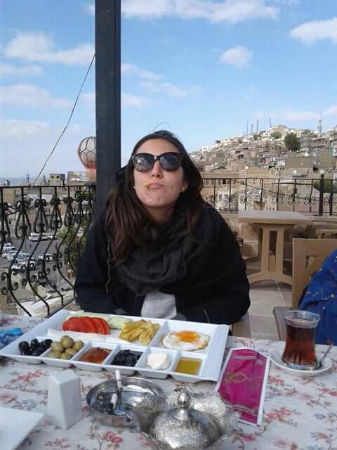 un' arabista affamata in partenza per il Libano